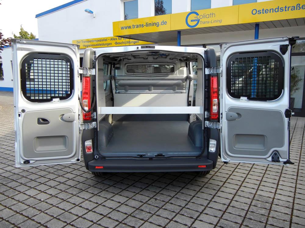 Ladungssicherung und PU Beschichtung des Transporters eines Getränkevertriebs