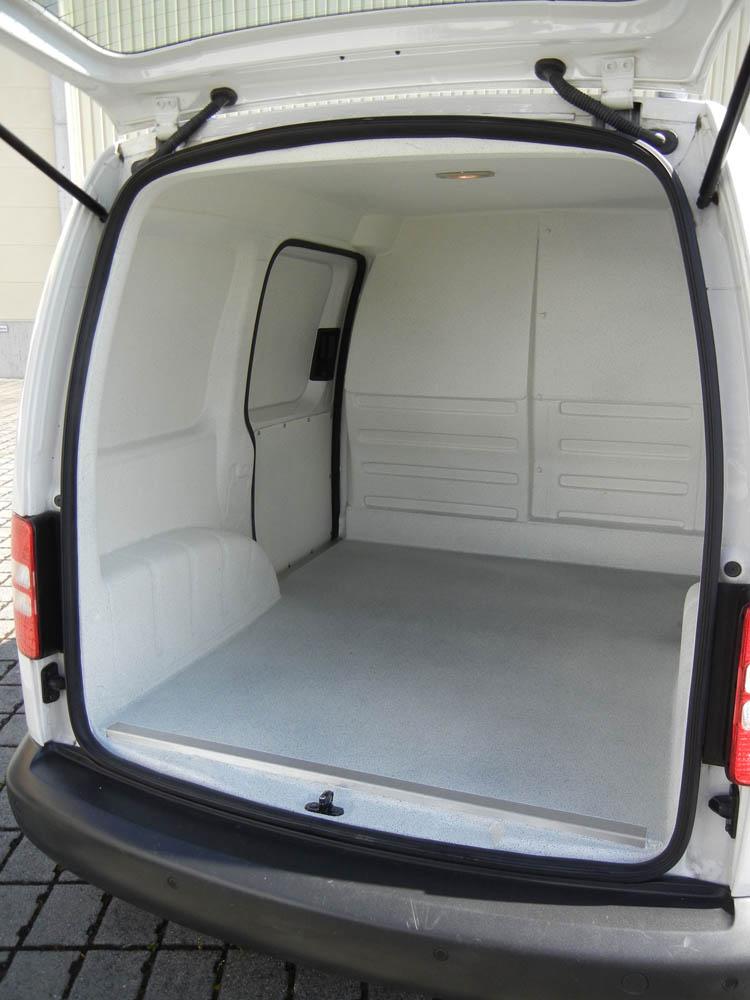 Lebensmittelsicherheit beim Transport durch Hygieneausbau im Catering Fahrzeug mit Elektromobilität
