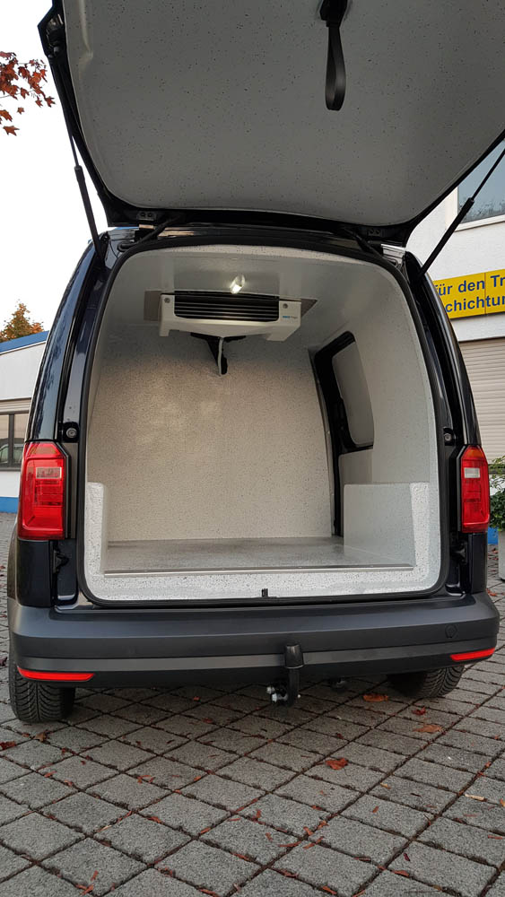 Kühlausbau eines kleinen Transporters mit PU-Beschichtung