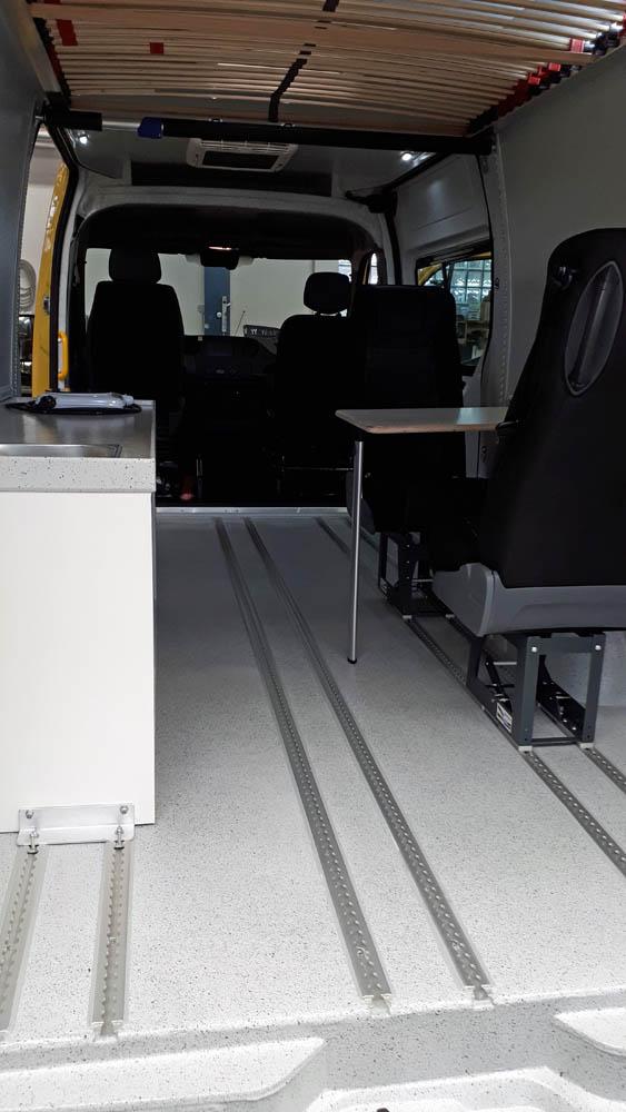 Laderaumausbau zum Freizeitmobil mit Polyurethan Beschichtung