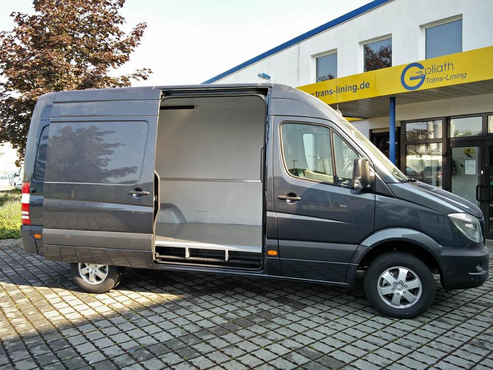 Mercedes Sprinter mit Hygieneausbau gemäß HACCP