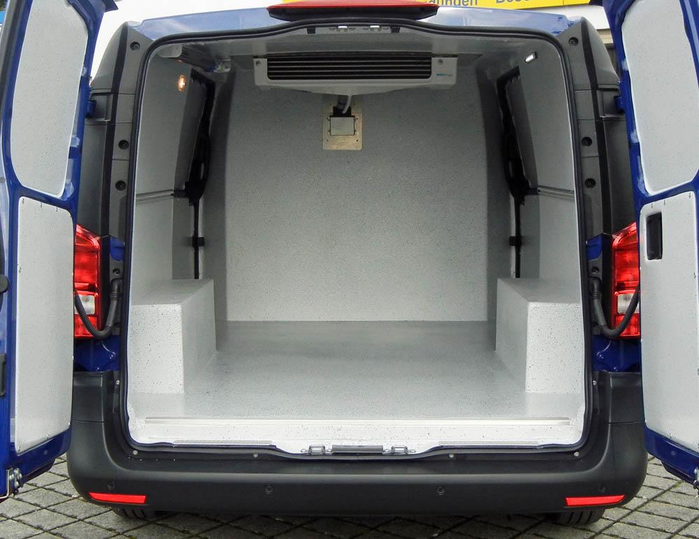 Laderaumausbau Trans-Fresh verwandelt Vito Transporter zum Kühlfahrzeug gemäß HACCP