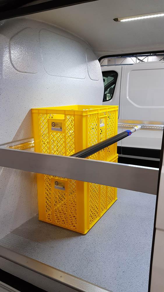 Neuartige Lösung zur Ladungssicherung im Bereich der Schiebetür mittels Spannstange bzw. Sperrbalken