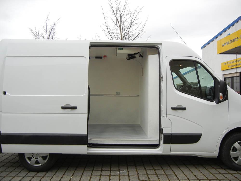 Renault Master ausgebaut als Kühlfahrzeug mit PU-Beschichtung und Ladungssicherung mittels Airline Zurrleisten