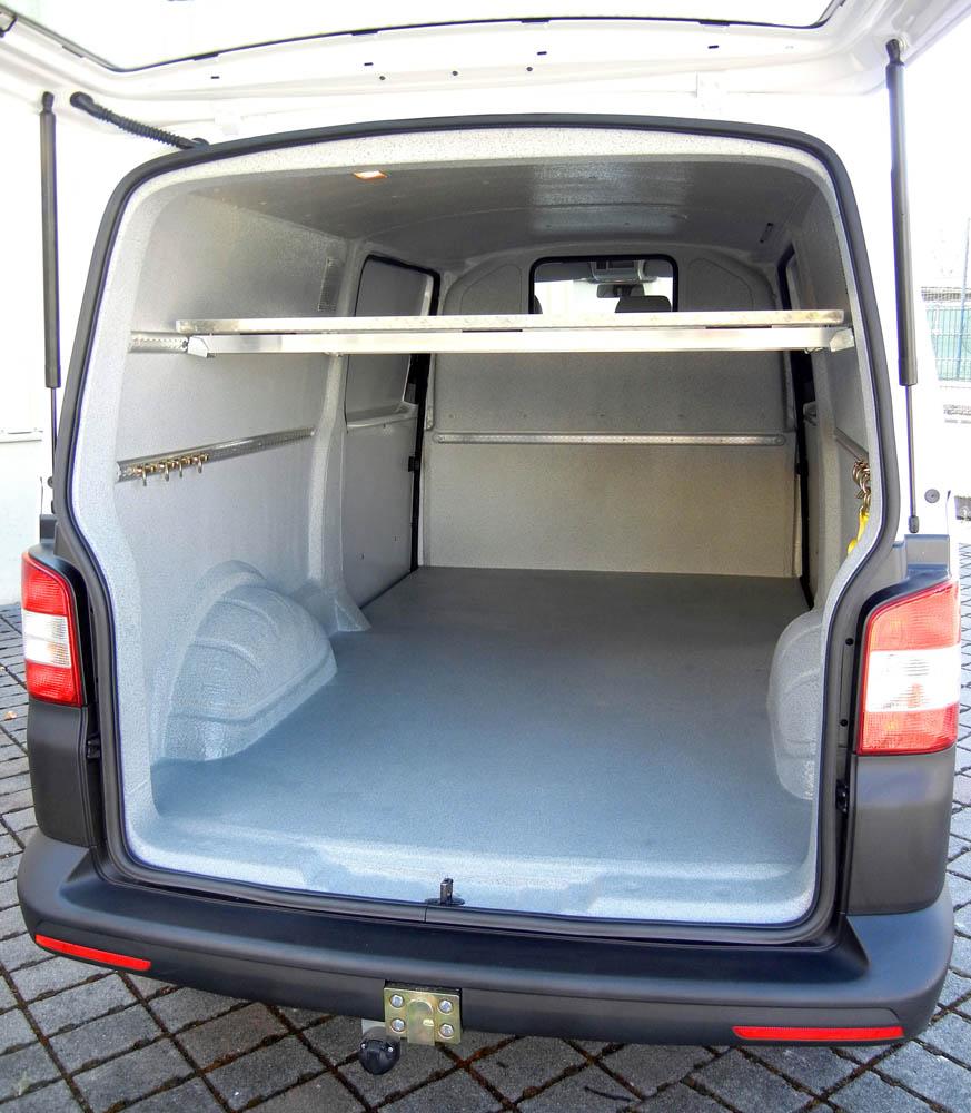 VW T6 mit Hygieneverkleidung Trans-Clean zum Transport von Fleisch und Wurstwaren einer Metzgerei